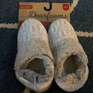 NWT Dearfoams Kids Slippers size 13/1